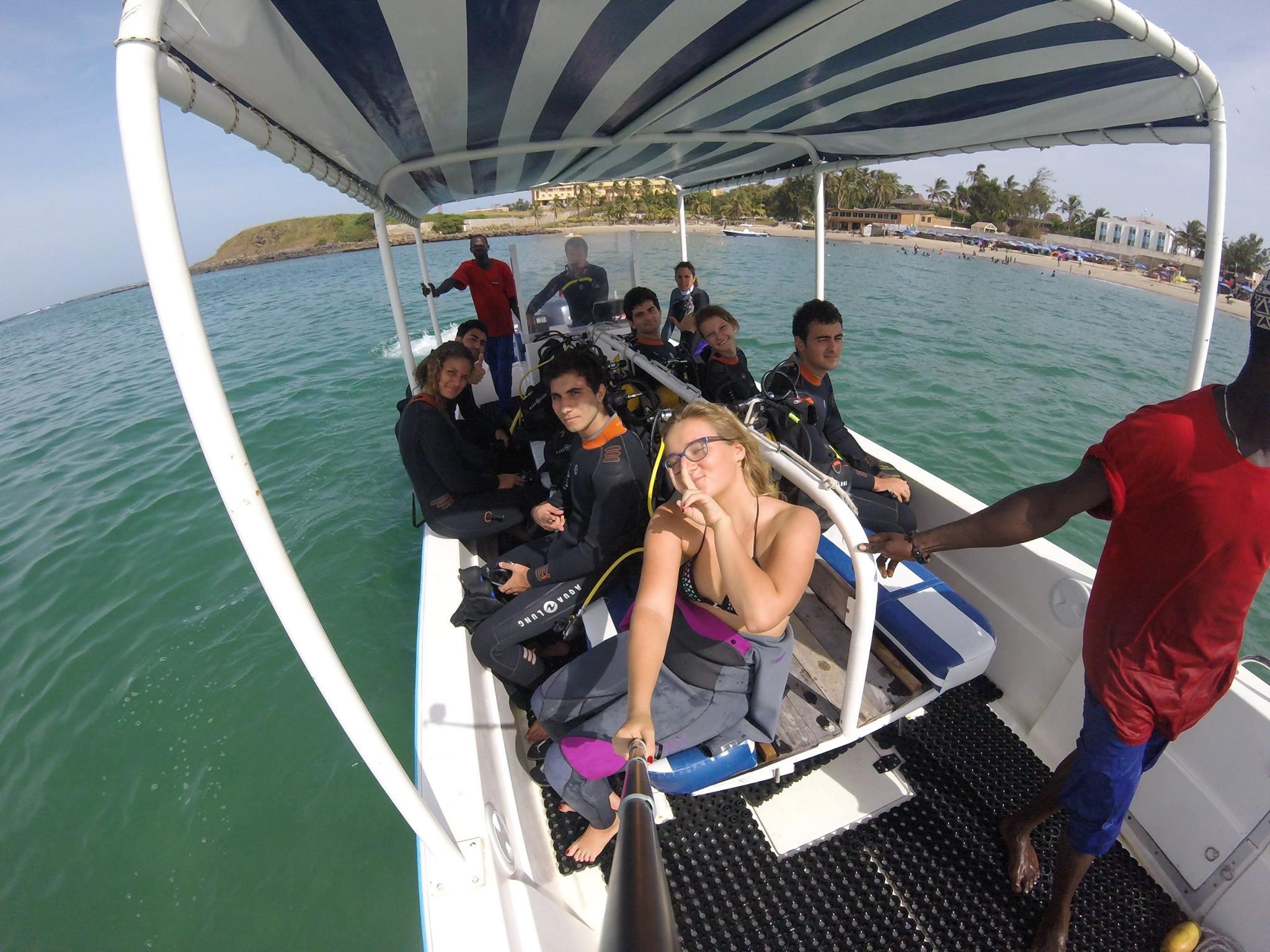 bateau plongée dakar