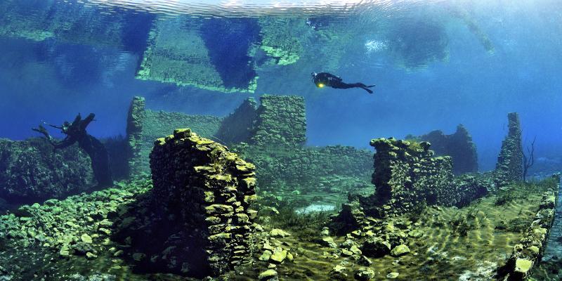 capo-dacqua best lake dive site in Italy