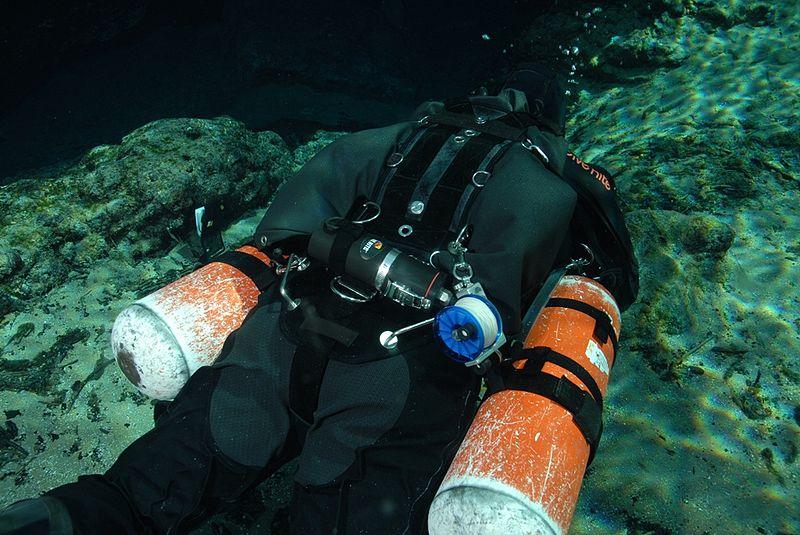 plongee sidemount harnais matériel
