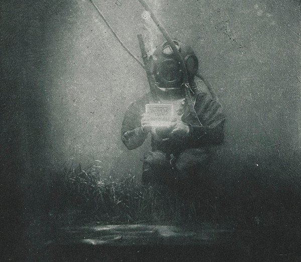 World's First Underwater Portrait