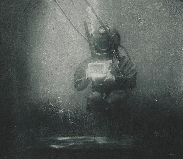 première photographie sous marine