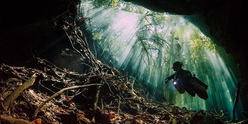 photo hd du site de plongée sous marine Cenote Tajma Ha ou Taj Maha