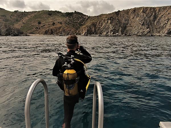 saltar al agua buceo