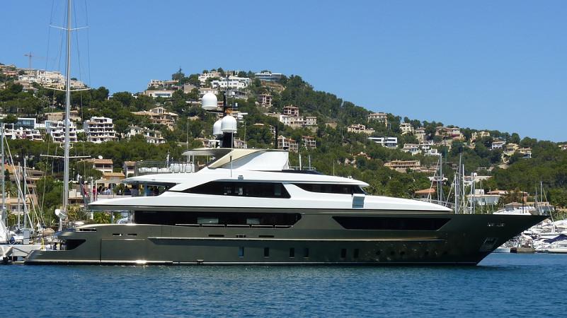 yacht boat