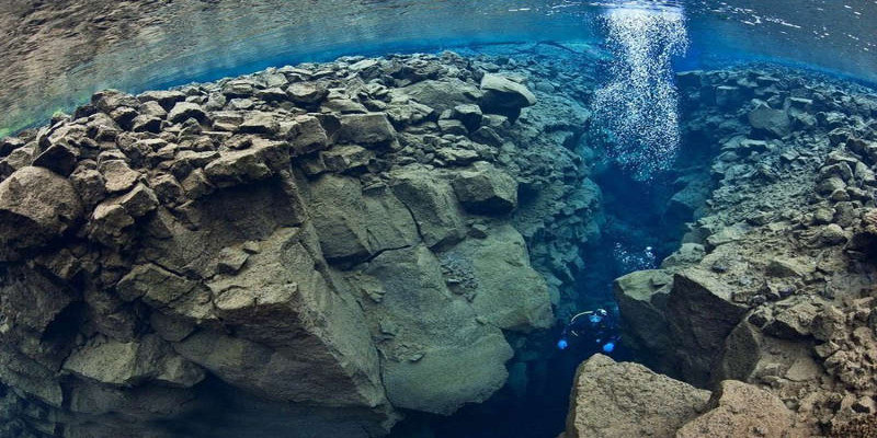 silfra, best dive site in lake in Iceland