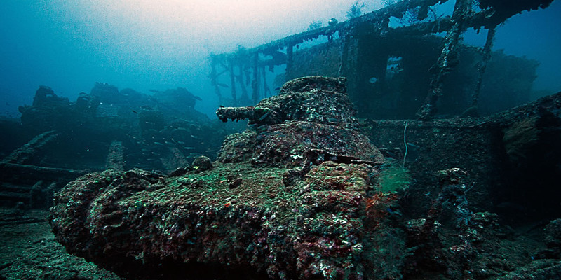 japenese ghost fleet, wreck dive in truk lagoon, micronesia