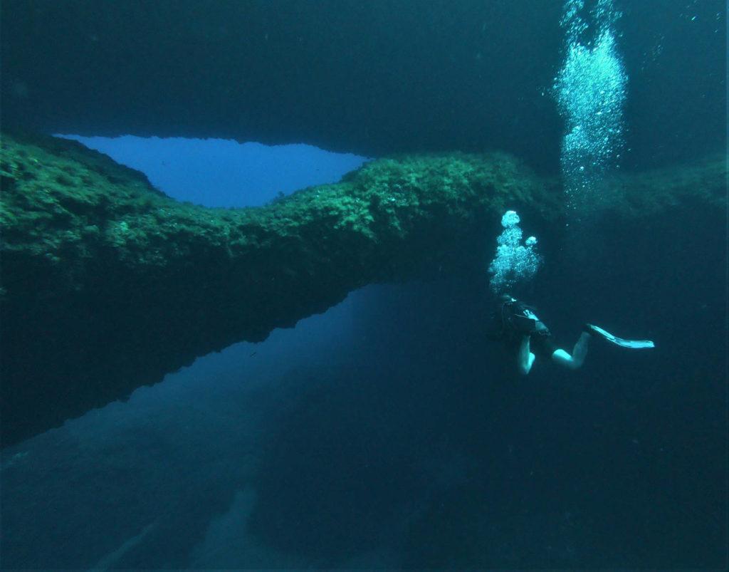 double arche plongée gozo